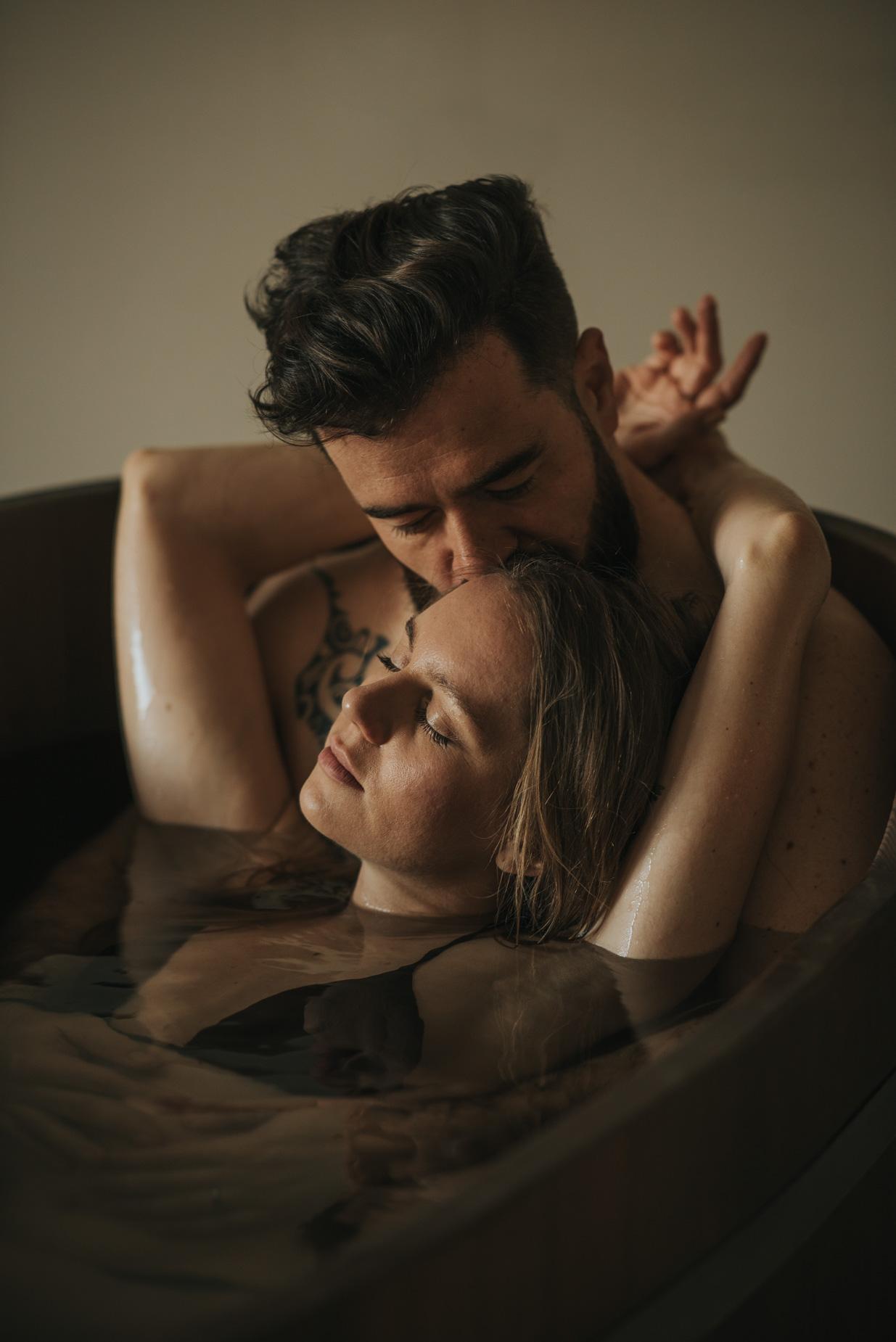 shooting boudoir couple